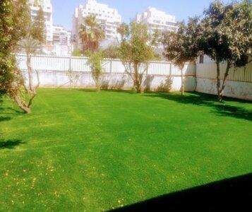 אחרי התקנת דשא סינטטי בבאר יעקב