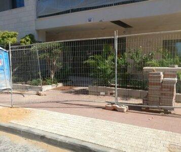 לפני הקמת גינה בבניין משותף ברמת גן